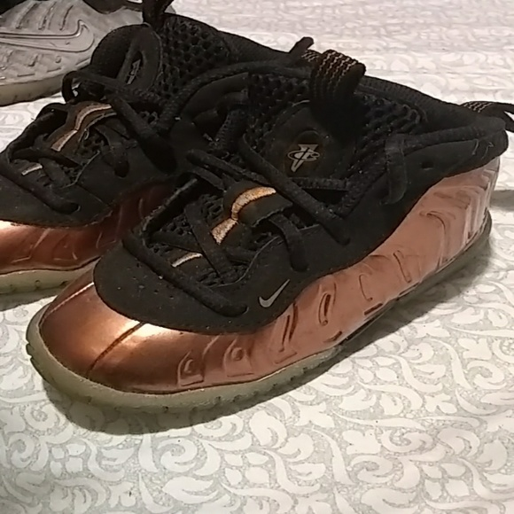 Nike Shoes   Foamposite Bronze 7c